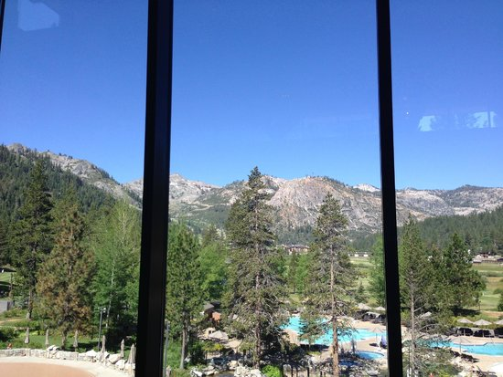 Resort at Squaw Creek : View from the lobby