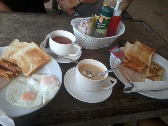 Harvest House: our breakfast ^o^