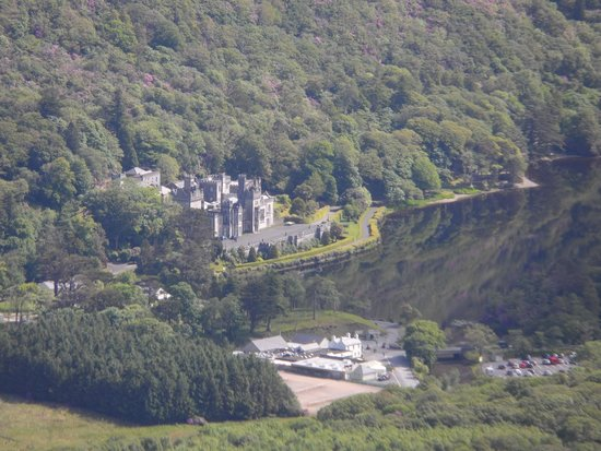 Kylemore Abbey & Victorian Walled Garden: Kylemore Castle (Abbey) from nearby Diamond Hill