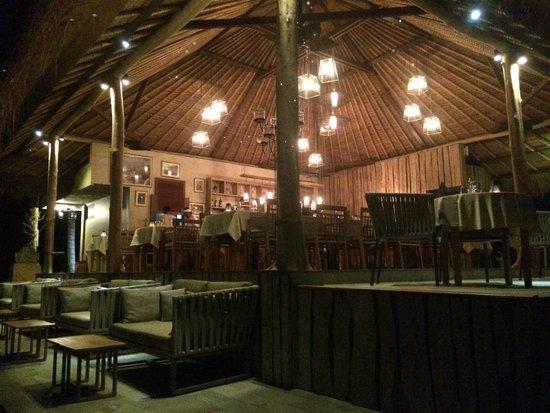 Mathis Retreat : Magnifique salle à manger