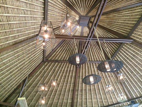 Mathis Retreat : Le plafond de la salle à manger…Un bijoux de décoration