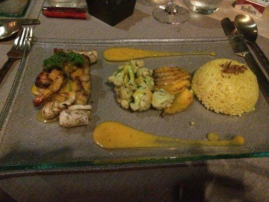 Mathis Retreat: Repas servi au Restaurant Terra Cotta! Un rêve pour les papilles