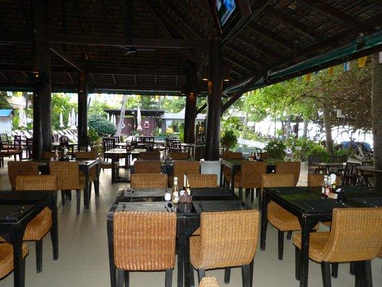 Chaweng Garden Beach Resort: Terrasse ouverte