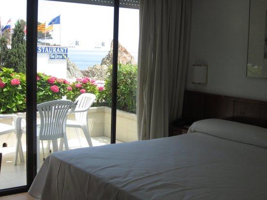 Premier Gran Hotel Reymar & Spa : une partie de notre chambre