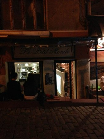 Vino Culture: Secret place for city lovers