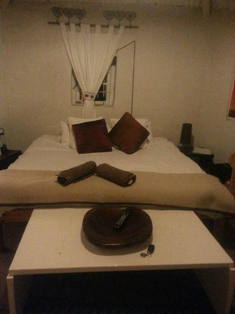 Karoo Soul Travel Lodge & Cottages: cottage bedrooom