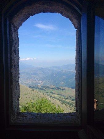 Rifugio della Rocca: View