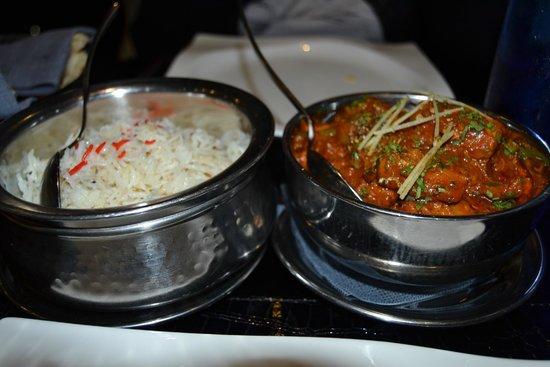 Tandoori Station: Arroz aromatizado y cordero en salsa,un pelin picante