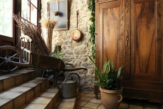 Auberge du Vigneron : entrée restaurant