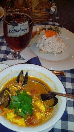 Lisa Elmqvist: Суп с морепродуктами, тост с креветками и темное пиво