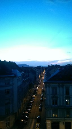 Garay Terrace Residence: Крыши Будапешта