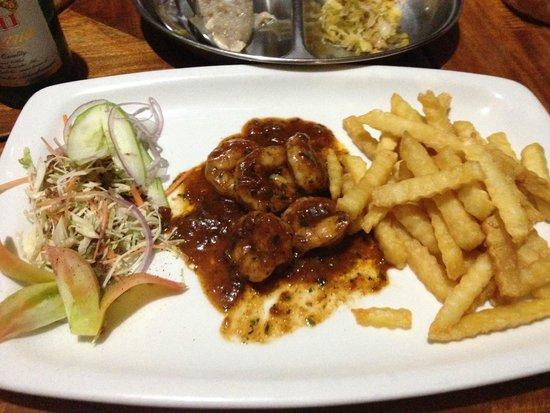 La Goulue: Polpo piccante con patate fritte