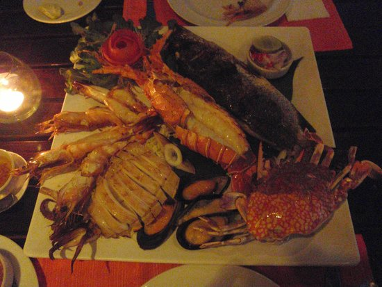 Lae Lay Grill: Seafood Platter