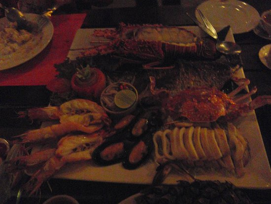 Lae Lay Grill: More Seafood Platter
