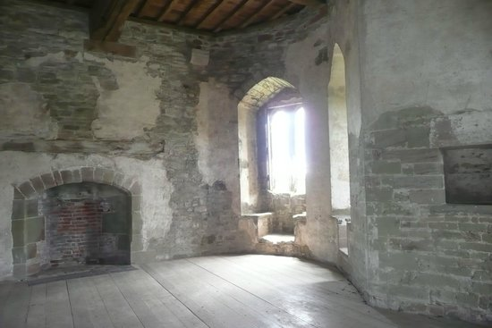 Stokesay Castle: interior