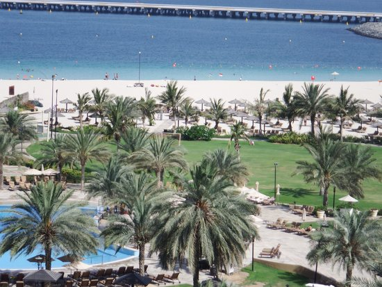 Le Royal Meridien Beach Resort & Spa: Balcony view from Room 523