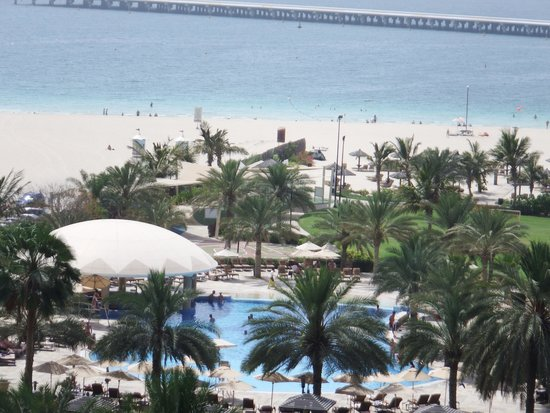 Le Royal Meridien Beach Resort & Spa: Balcony View
