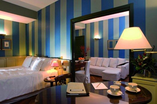 Camperio House Suites & Apartments: Corner Suite