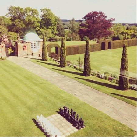 Barnett Hill Hotel: Gardens