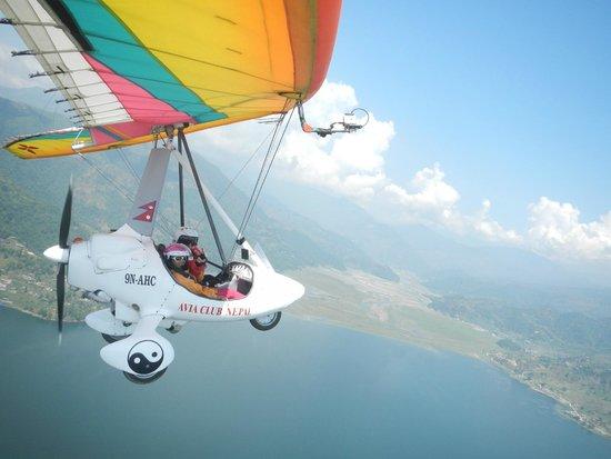 Avia Club Nepal: Flying over Pokhara