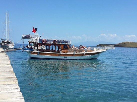Ozzlife Boat