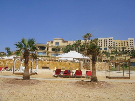 Kempinski Hotel Ishtar Dead Sea : view of hotel