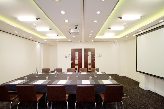 The Wesley Hotel & Conference Venue: Meeting Room