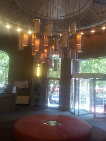 Tufenkian Historic Yerevan Hotel: Reception area