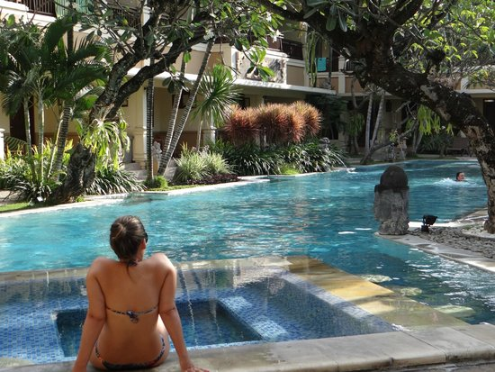 Mutiara Bali Boutique Resort & Villas : Piscina