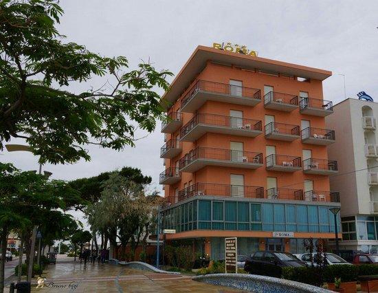 Hotel Roma: Vista hotel !!