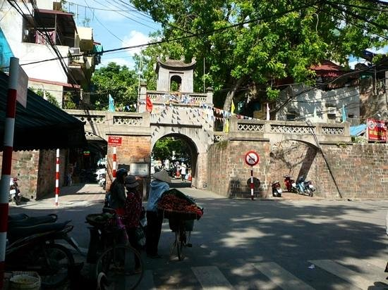 Old City Gate : old settlement