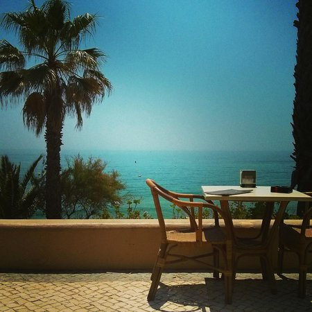 Grande Real Santa Eulália Resort & Hotel Spa: beach bar