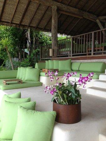 Six Senses Yao Noi: Hilltop seating