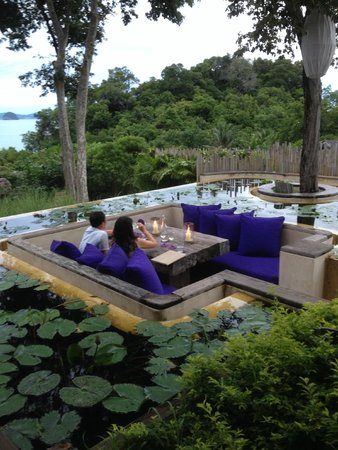 Six Senses Yao Noi: Den seating