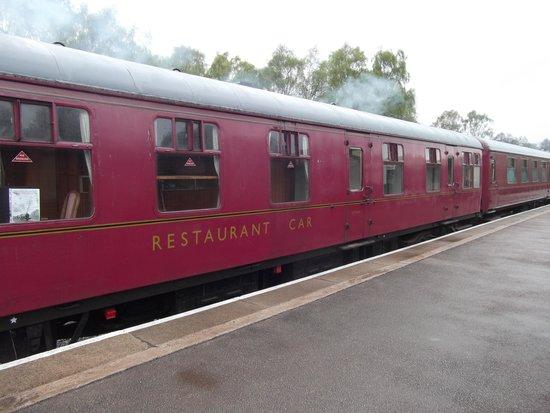 Peak Rail: Old Carriage