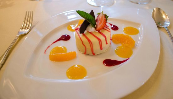 Casa Velha do Palheiro: Typical dessert in the restaurant