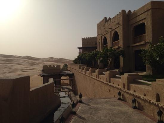 Qasr Al Sarab Desert Resort by Anantara : wie im Wüstenfort