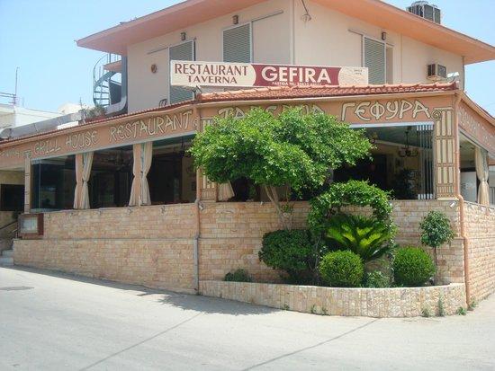 Gefira taverna