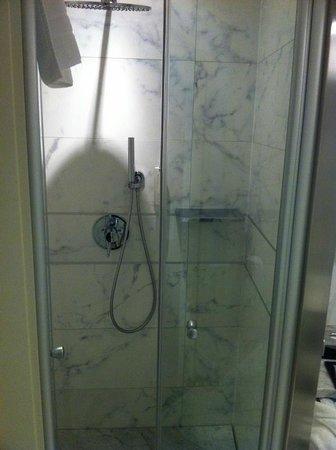 Hotel Kristal Palace - Tonelli Hotels: Dusche
