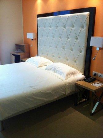 Hotel Kristal Palace - Tonelli Hotels: Bett