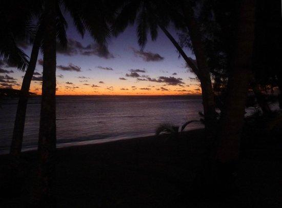 Sunhaven Beach Bungalows : sunset from Sunhaven