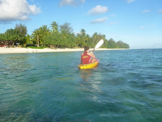 Sunhaven Beach Bungalows: Kayaking near Sunhaven