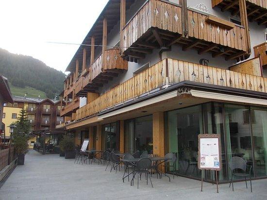 Hotel Concordia: vista esterna retro hotel