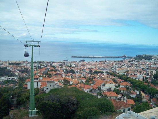 Téléphérique de Funchal : a meio do caminho