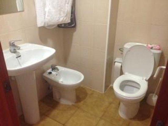 Santa Susanna Resort: Bathroom was nice