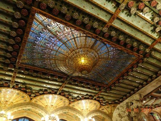 Palais de la Musique Catalane (Palau de la Musica Catalana) : Потолок