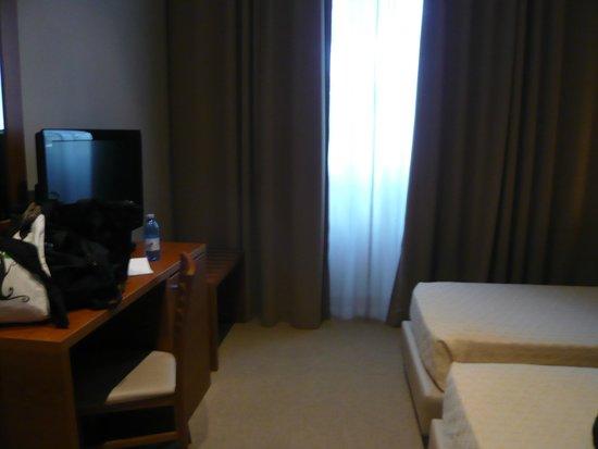 Esh Executive Style Hotel: Average room size