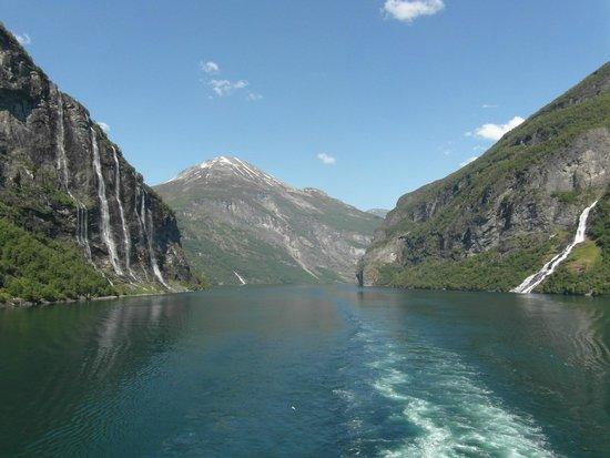 Seven Sisters: Geiranger fjord
