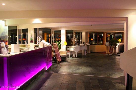 Mercure Hotel Panorama Freiburg: Rezeption