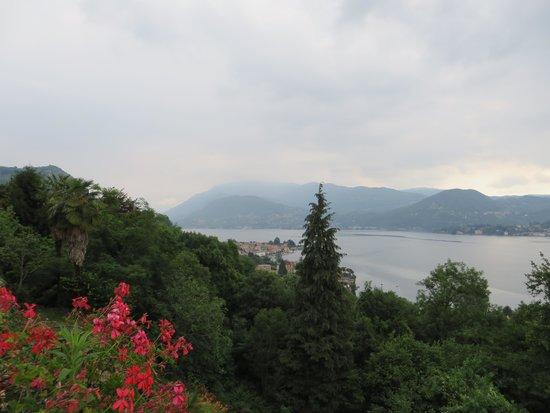Hotel Ristorante Giardinetto: uitzicht over het meer lago